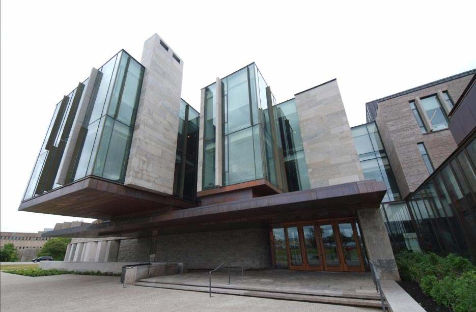 The Richard Ivey School of Business in uses several different varieties of limestone from Ledgerock: Honed Algonquin panels on the higher levels/floors; Splitface Wiarton Grey Ledgerock (4-inch bed width); and Algonquin Crust Face panels can be seen under the right side of the copper entrance overhang.