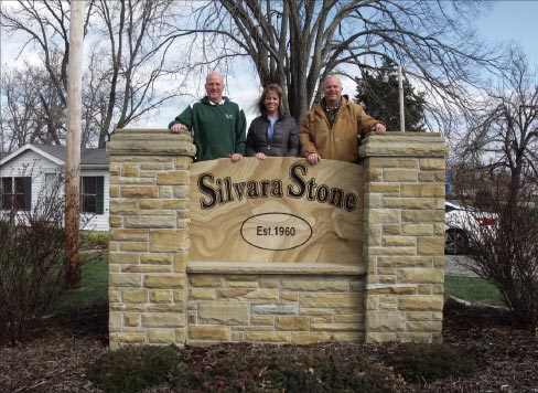 Silvara Stone, located in Crossville, Tennessee, is in the heart of Crab Orchard sandstone country. Pictured left to right: Jim Sullivan – Project Manager, Lisa Rogers – Office Manager, Jon Kraus–Owner