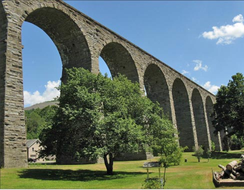 The Starrucca Viaduct railroad bridge in Lanesboro, Pennsylvania was built in 1848 with Ashlar Bluestone, quarried near the site. This massive stonework bridge marching across the landscape is still in use, a beautiful and functional  example of  this durable American sandstone.