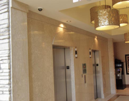 Diano Reale marble cladding was used to remodel the lobby and elevator vestibule at the Branson, Missouri Hilton hotel.