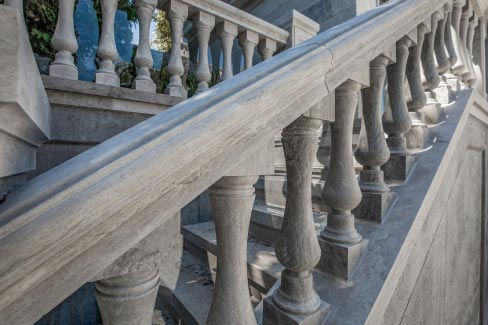 The project included 450 balusters built into extensive balustrade systems, which were not only straight runs, but also acted as guard rails to staircases and parapets.The project included 450 balusters built into extensive balustrade systems, which were not only straight runs, but also acted as guard rails to staircases and parapets.
